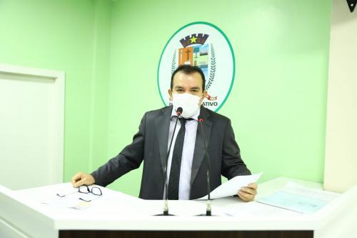Massilon solicita implantação da Universidade da Terceira Idade em Parintins