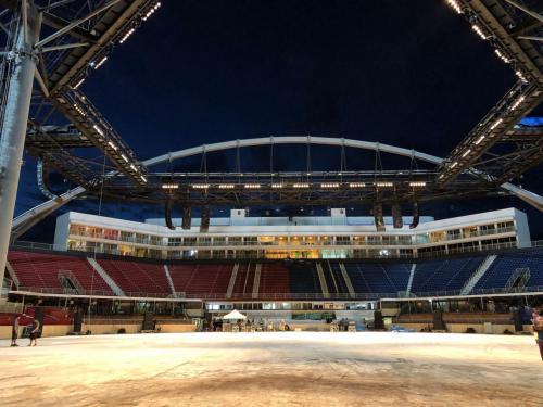 Em Parintins, Caprichoso e Garantido apresentam live direto da arena do Bumbódromo