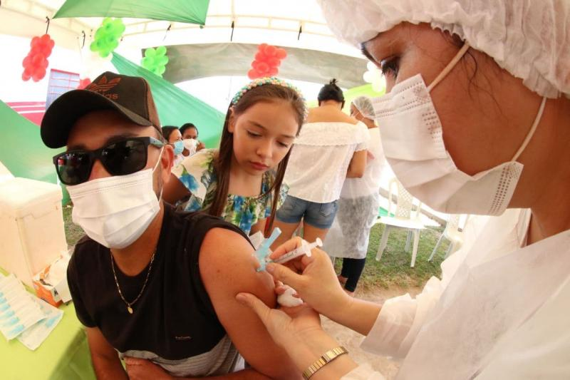 Em duas horas, mais de 190 vacinam em São Sebastião do Uatumã durante mutirão
