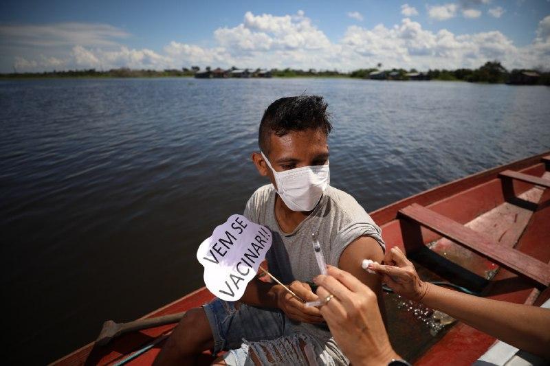 Vacina Amazonas: Mutirão vacinou mais de 6 mil pessoas nas primeiras quatro horas