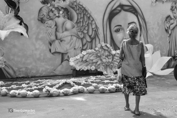 Artistas inauguram Mural da Fé próximo ao Colégio Nossa Senhora do Carmo