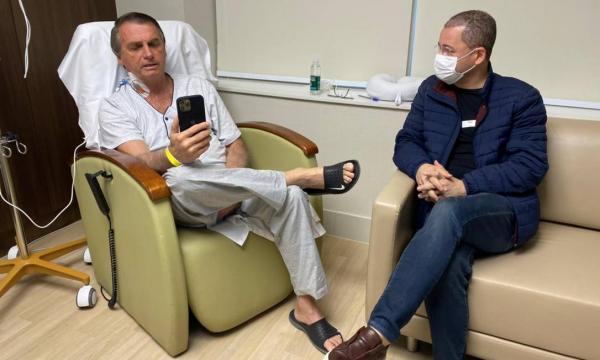 Bolsonaro pode sair neste domingo do Hospital, diz médico do presidente