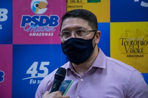 Carlos Almeida cometeu ato criminoso, diz nota do Governo do Amazonas