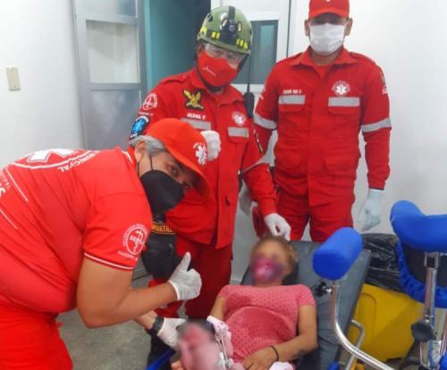 Criança nasce dentro da ambulância num parto rápido