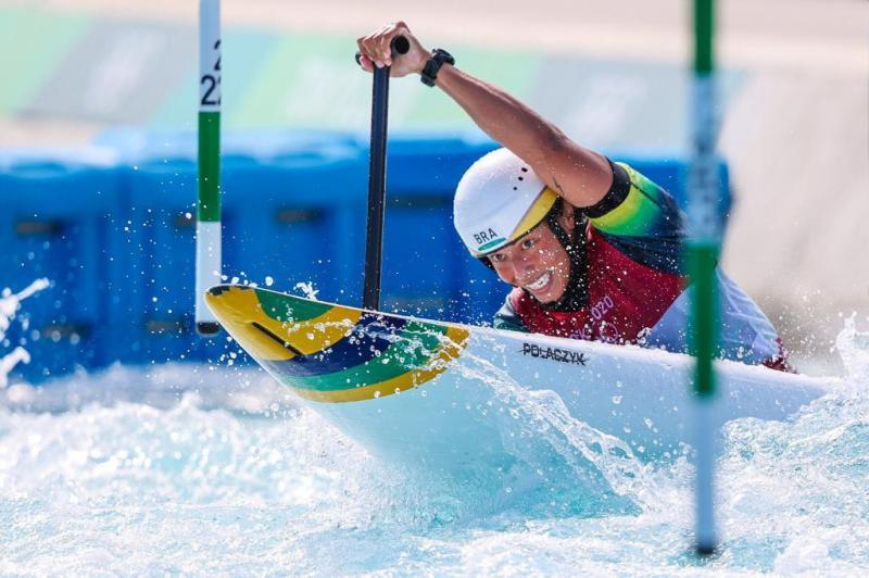 Ana Sátila coloca a canoagem slalom em inédita final e termina os Jogos em décimo