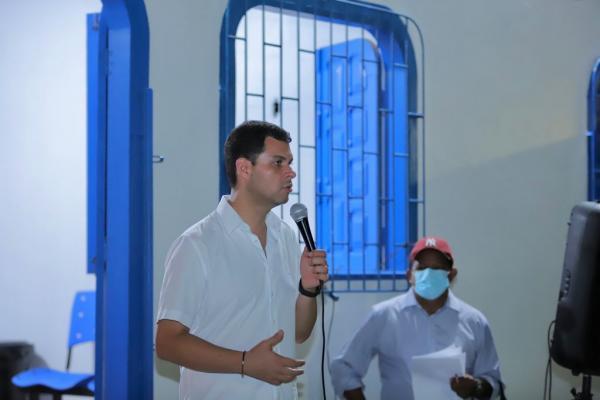 Saullo Vianna participa de inauguração de escola em Tefé e porto em Santo Antônio do Içá