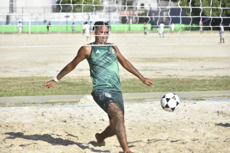 Revitalização do Governo do Amazonas promove ampliação da prática esportiva no Campo do Teixeirão