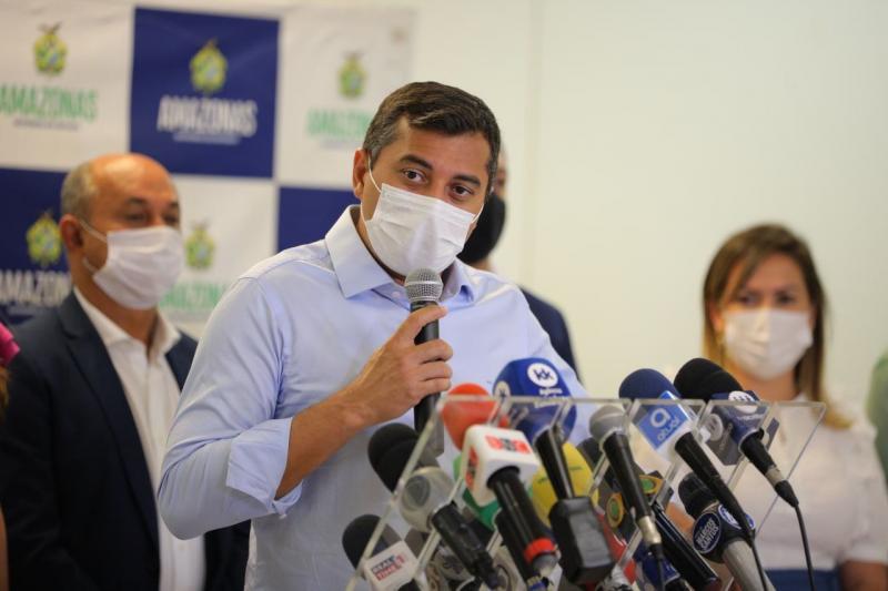 Wilson Lima anuncia aplicação da terceira dose da vacina contra a Covid-19 em idosos acima de 70 anos