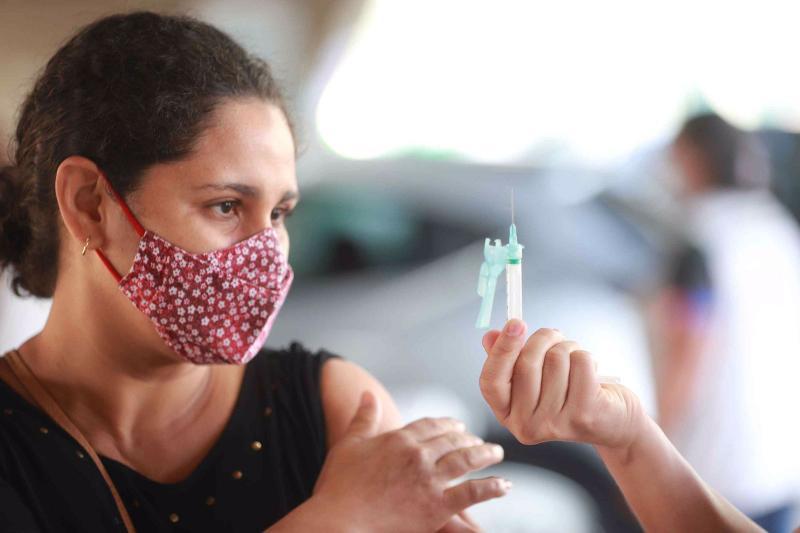 Vacina Amazonas: mais de 9 mil doses foram aplicadas na primeiras horas de mutirão