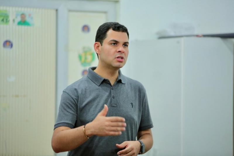 Saullo Vianna ouve moradores e discute soluções em visita a sete municípios das calhas do Madeira e Purus