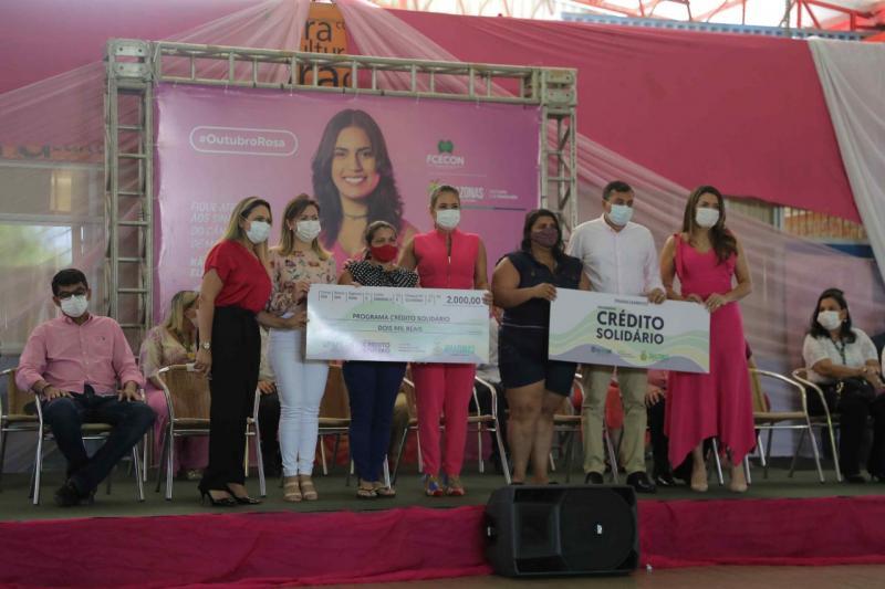 Outubro Rosa: Governo do Estado reúne serviços de saúde, cidadania e empreendedorismo no Magdalena Arce Daou