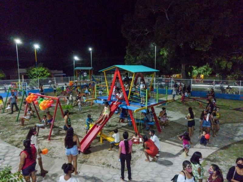 Bi Garcia reinaugura centro de saúde e realiza série de inaugurações na região do Caburi