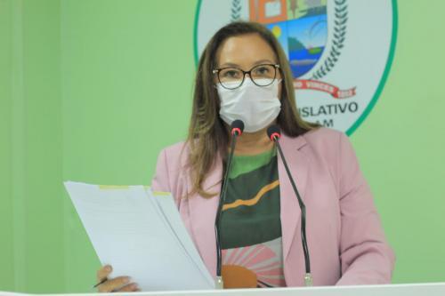 Márcia Baranda pede melhorias de energia, água e infraestrutura de comunidades do Uaicurapá