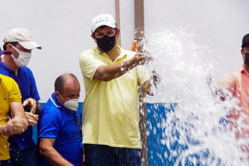 Quase 90% das comunidades de Parintins já têm Água no Jirau, afirma Bi Garcia