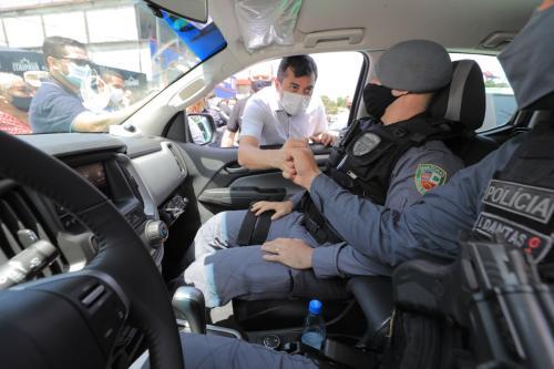 Wilson Lima dá início ao 'Cerco Inteligente' e entrega viaturas, munições e equipamentos para as forças de segurança