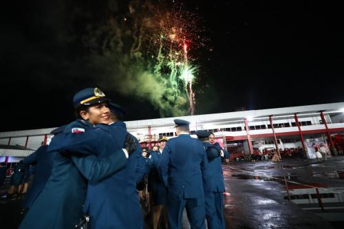 Wilson Lima participa de formatura de bombeiros militares do quadro de saúde