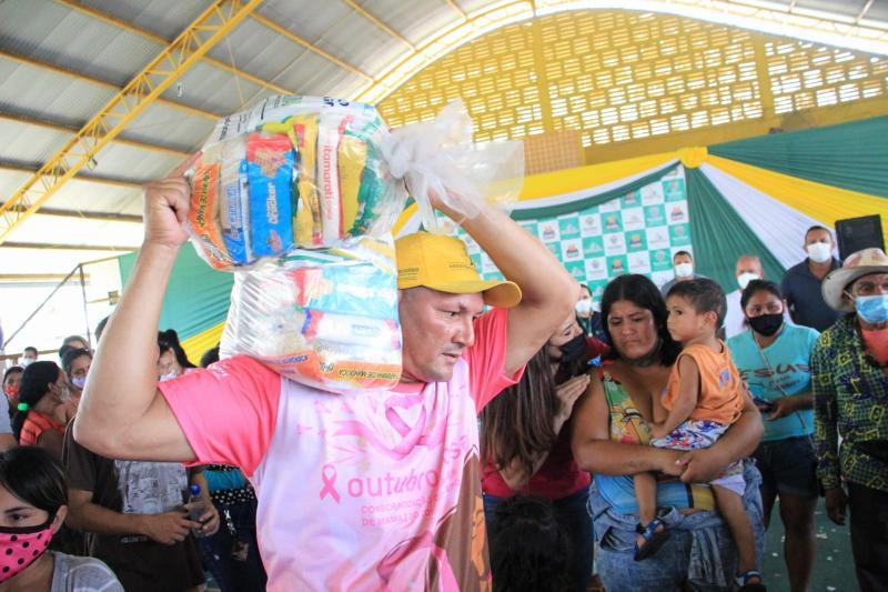 População de Itacoatiara elogia ação de segurança alimentar do Governo do Amazonas