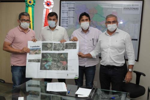 Governador Wilson Lima assina contrato para pavimentar 77 ruas em Iranduba