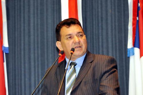 Tony Medeiros nomeia comissão para investigar irregularidades na Prefeitura de Parintins