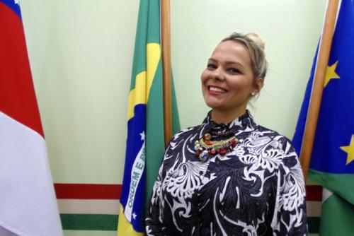 Vereadora Nega única oposição contra Bi Garcia na Câmara