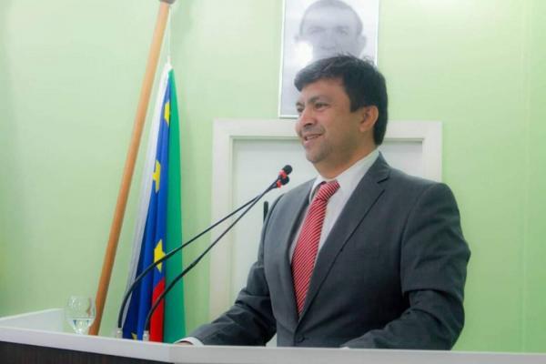 Telo Pinto confirma favoritismo e é ELEITO presidente da Câmara