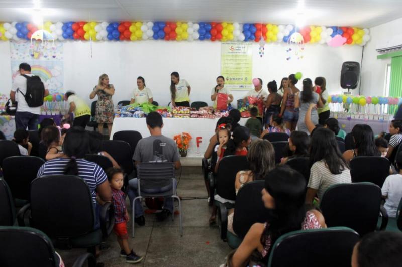 Programa Criança Feliz faz 1 ano na Ilha de Parintins