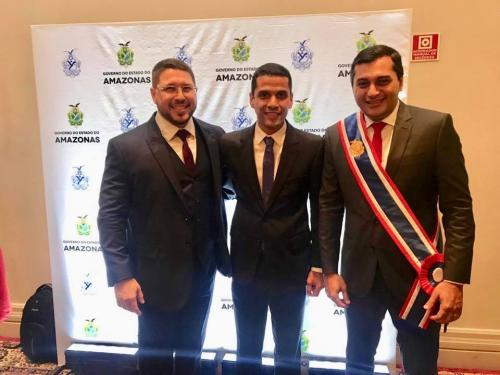 Prefeito de Maués Júnior Leite prestigia posse do governador Wilson Lima e vice Carlos Almeida