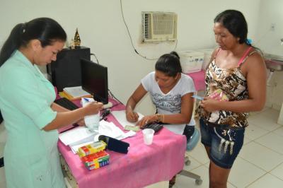 Prefeitura de Parintins quita 13º salário dos profissionais da saúde