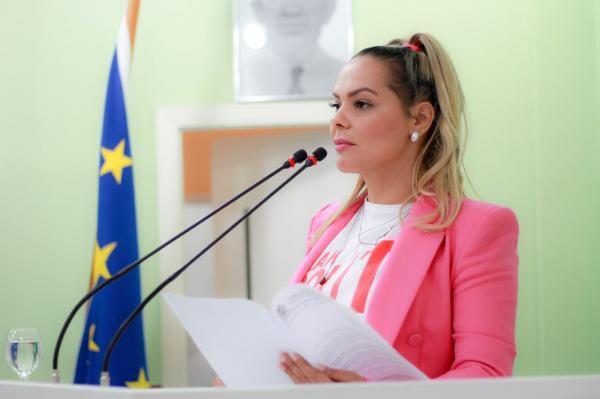 Vereadora Nêga Alencar fala sobre sua atuação em 2018
