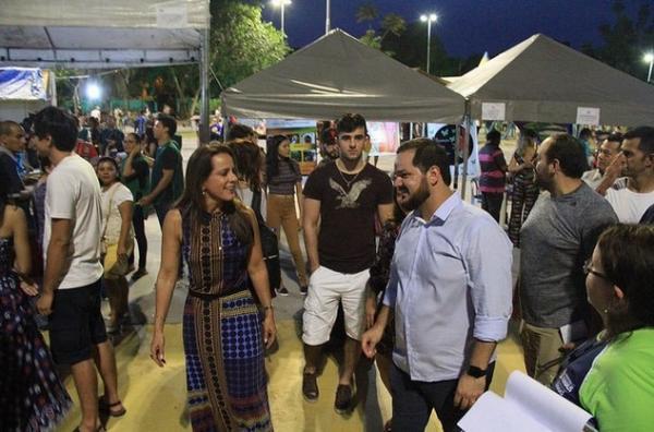Prefeitura de Manaus inicia coleta de livros usados para a 5ª Feira de Livros no Parque dos Bilhares